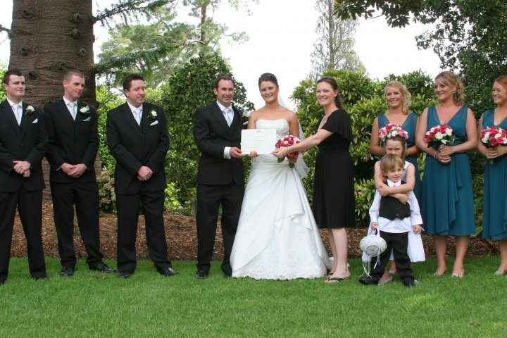 A beautiful Wedding Ceremony at the Geelong Botanic Gardens, can't go wrong here! Just remember the Mozzie Spray!...www.nicolepenning.com.au