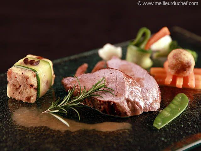 Filet mignon de veau au romarin et sa polenta aux olives