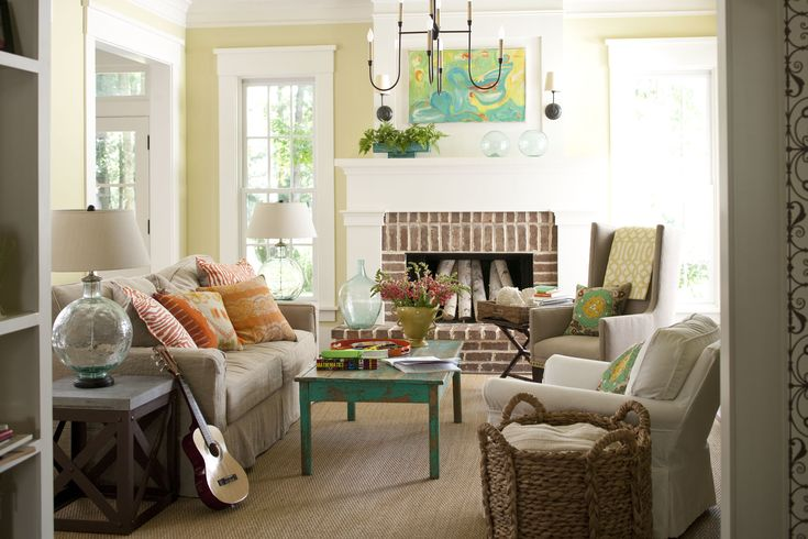 Are you embracing the #HomeTrends of the season? Here are some tips on how you can. http://myvalleynews.com/health/embracing-seasons-home-trends/