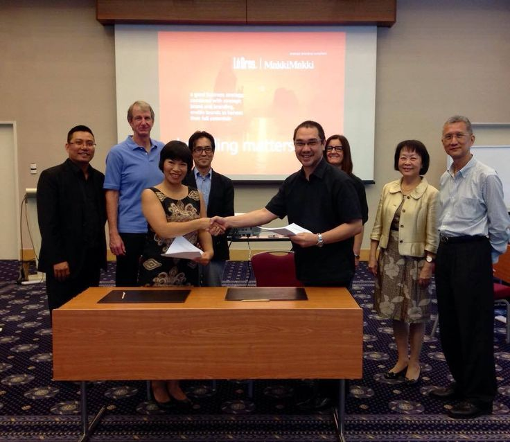 MakkiMakki Indonesia and Le Bros Vietnam formalized our collaborative partnership at the recent Worldwide Partners APR Regional Meeting in Singapore. November 11th, 2014