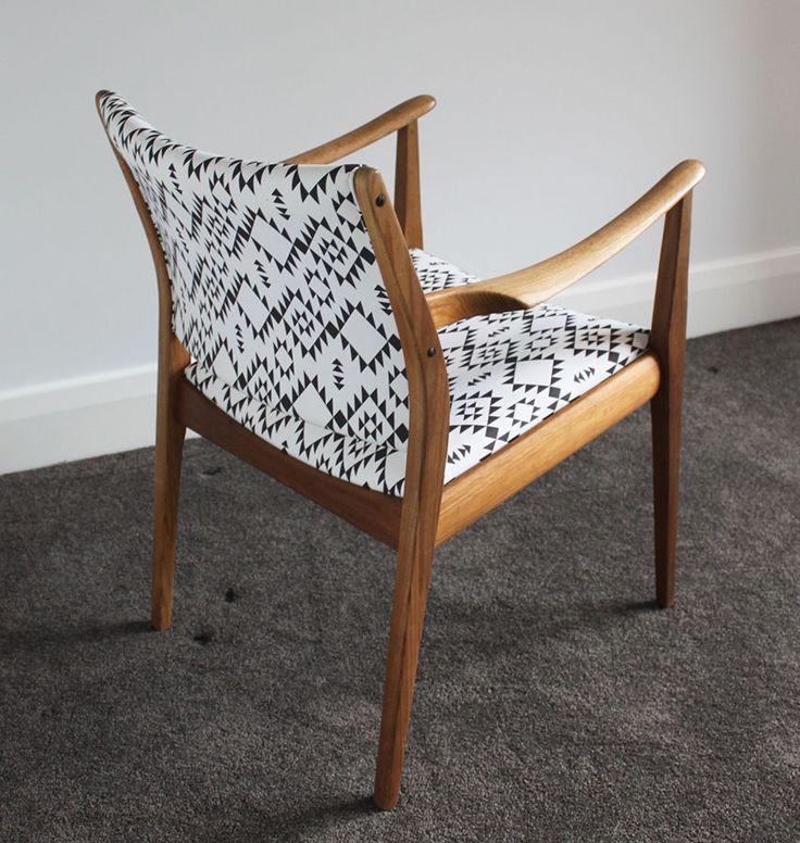 T.H. BROWN Carver Chair - Dining Chair - Teak Vintage PARKER FLER EAMES RETRO