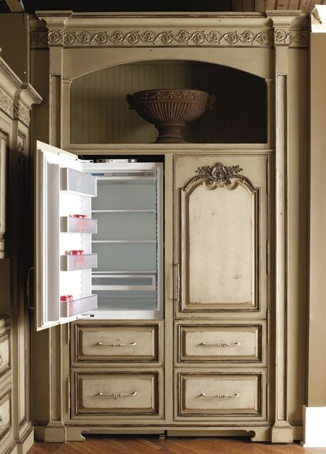 Integrated Refrigeration Cabinetry - Gorgeous!