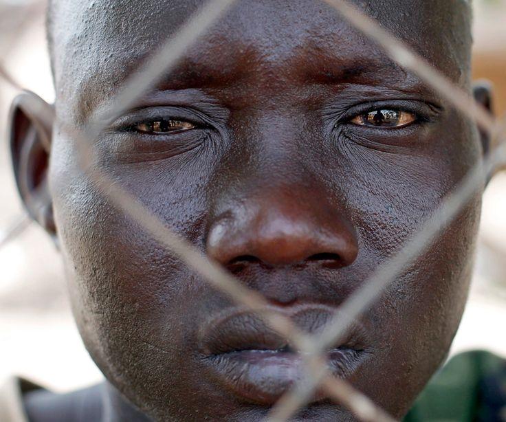 by Goran Tomasevic/Reuters: Goran Tomasevic Reut, Goran Tomasev Reut, Soldiers, Dramas, Conflict Awesome, Sudan Conflict, Sudan South Sudan, Sudansouth Sudan, Oil