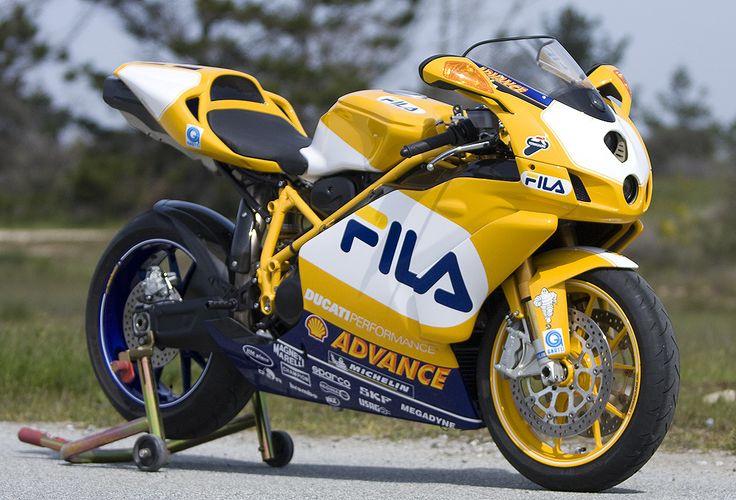 Ducati 999R                                                                                                                                                                                 Mehr