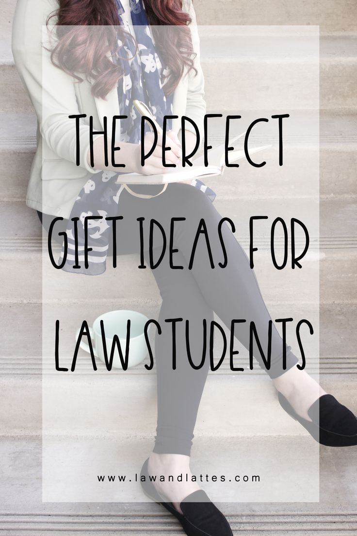 The perfect gift ideas for you favorite law student! #lawschool #lawyer #futurelawyer #futureJD #lawschoolblogger #lawschoolblogger