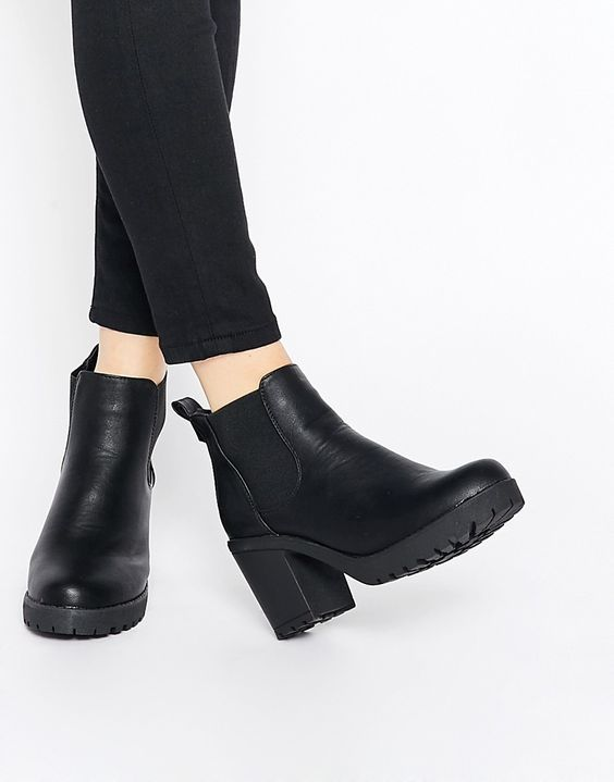 Truffle Collection Tori Platform Heeled Chelsea Boots - Asos