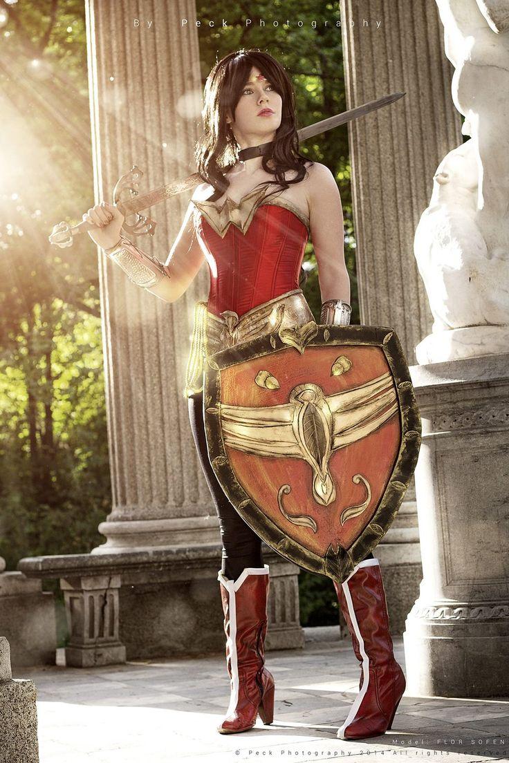 Wonder woman secret identity-9384