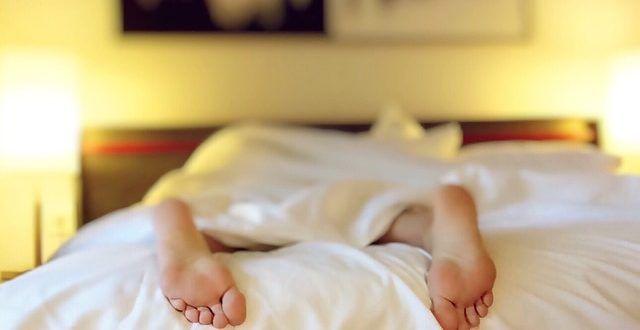 Síndrome das Pernas Inquietas: você sabe como tratar? - PEBmed