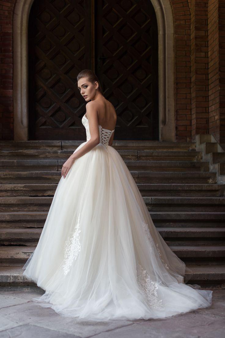 Открытое свадебное платье с корсетом (#01 B02), цена 54400 руб - фото | «Белый…