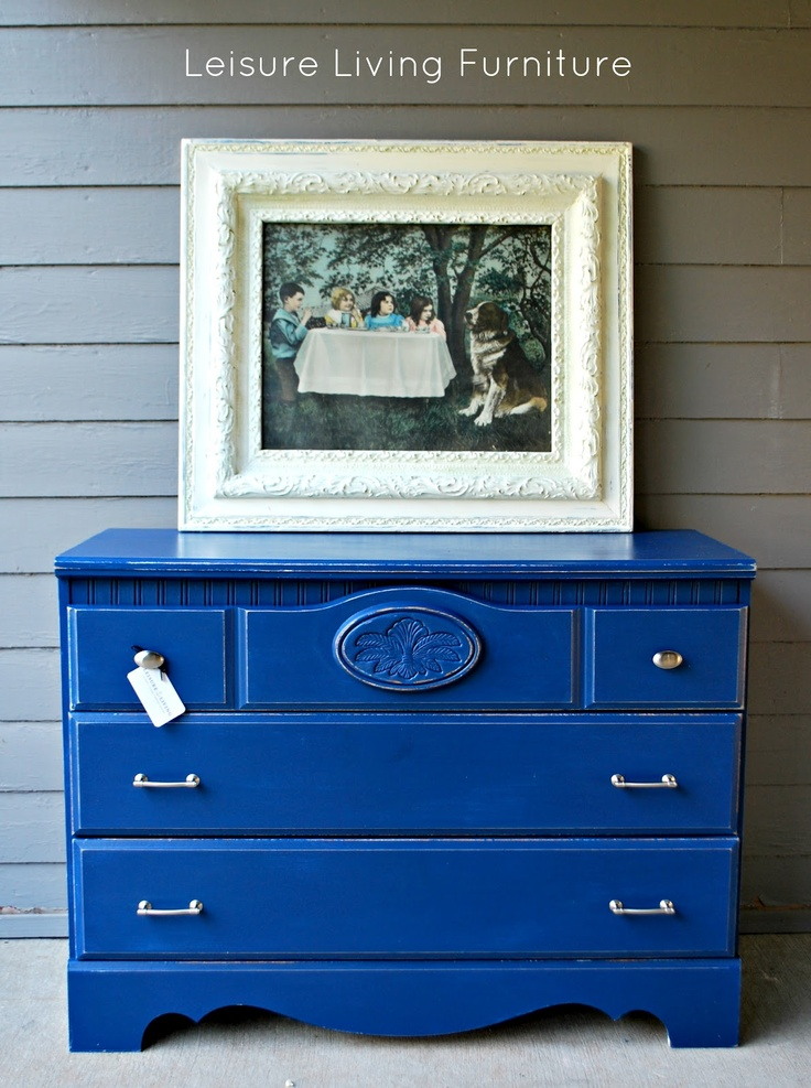 Leisure Living Napoleonic Blue Dresser