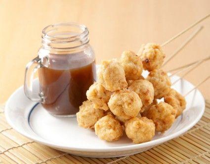 Bakso lele goreng kuah cuko, bakso lele nan unik. Sandingkan dengan cuko, jadi kudapan sanagt lezat.