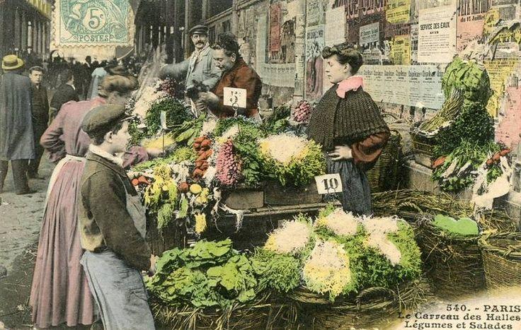 Les Halles de Paris - Paris 1er Le Carreau des Halles, Légumes et Salades... (ancienne carte postale, vers 1900).