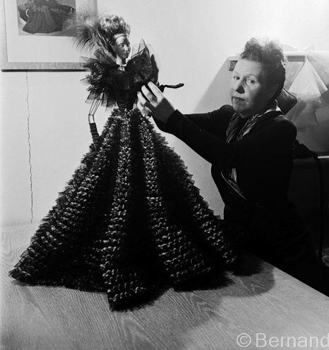 Madeleine de Rauch. Le théâtre de la Mode. 1945
