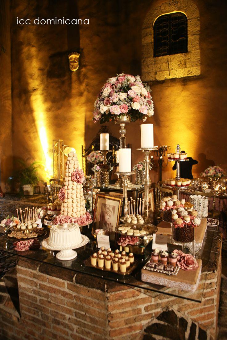 vintage wedding dessert table at colonial venue