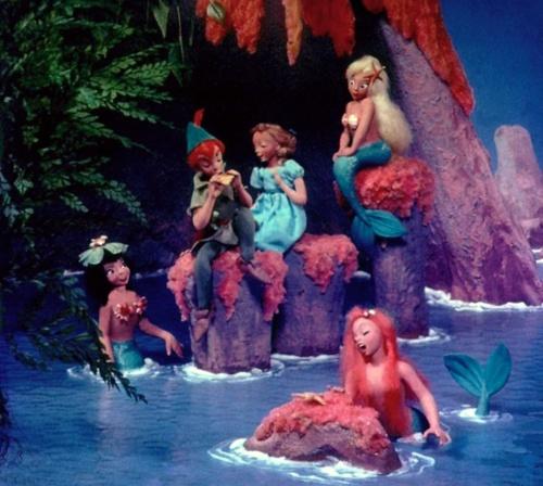 Peter Pan Mermaid Lagoon. DIsneyland. & 27 best Drama Peter Pan images on Pinterest | Holidays halloween ...