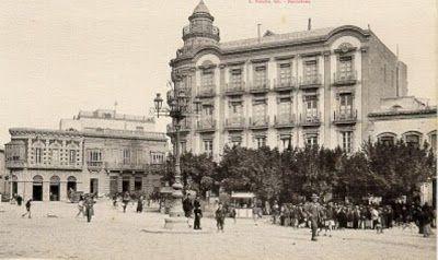 Casa de las Mariposas. Puerta Purchena (en torno a 1920)