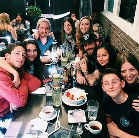 Adam with his family | Adam Levine | Pinterest | Adam ...