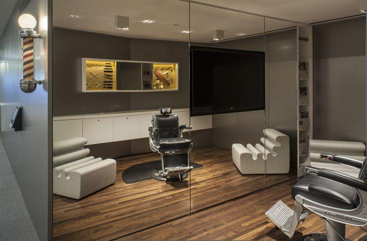 Howard's Barber and Styling dans l'université d'Oregon USA