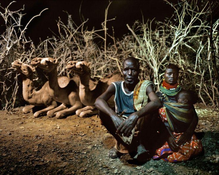 Alejandro Chaskielberg . Turkana, Family Under Stars