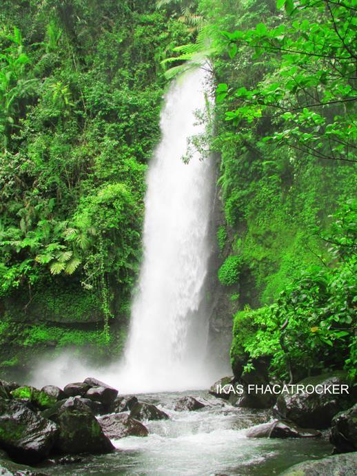 CURUG SAWER Desa Gede-Pangrango Kecamatan Kadudampit Kabupaten Sukabumi