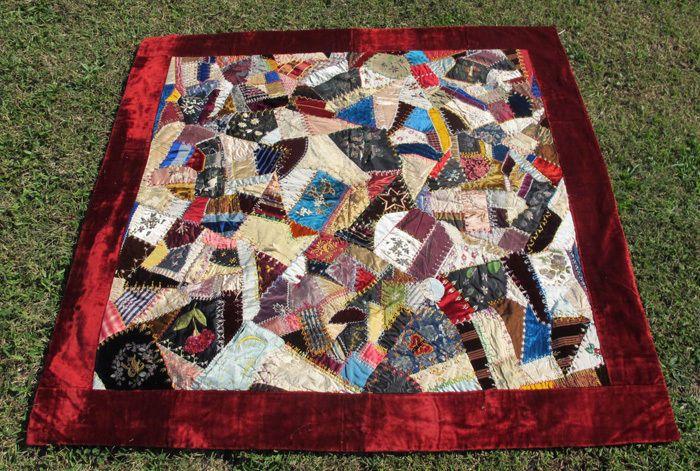 Victorian Blanket Velvet And Silk CRAZY Quilt Hand Pieced Embellished 58x58 yqz