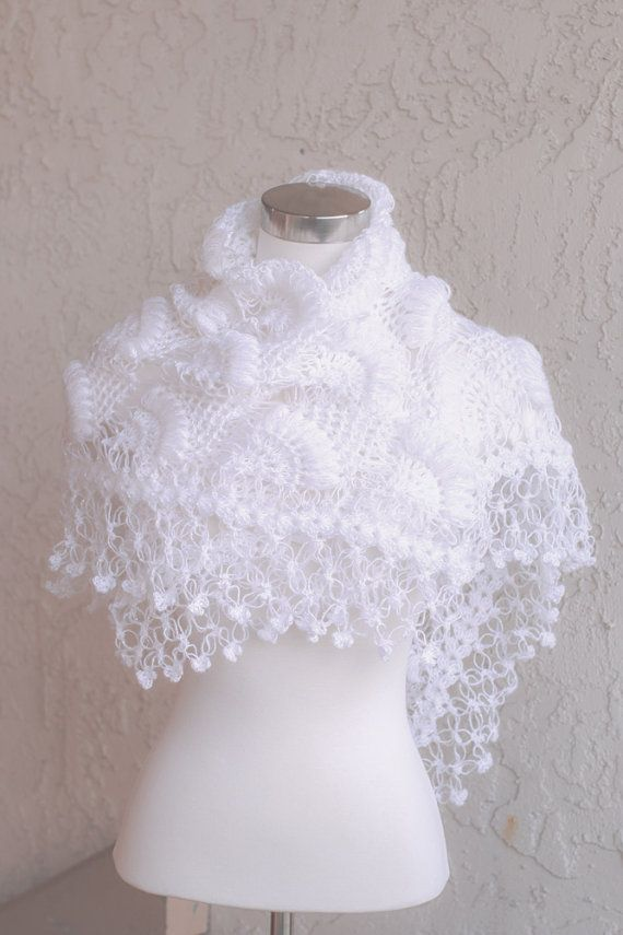 Crochet custom shawls for your wedding and many occasion a very nice shawl, I wanted to share it with you, this is also a product that sells, if you want to buy a link I also share