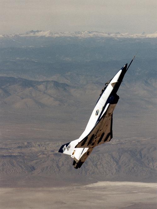 Rockwell-MBB X-31 Enhanced Fighter Maneuverability program, designed to test fighter thrust vectoring technology. Over 500 test flights were carried out between 1990 and 1995.