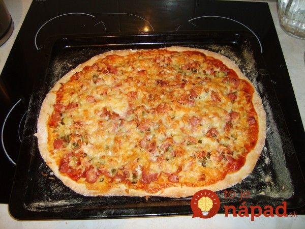 Tento recept mám z Talianskej rodiny, u ktorej som bola na výmennom pobyte. Bol to síce vidiek, ďaleko od mesta, ale tú pizzu, ktorú robili som si nevedela vynachváliť