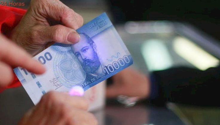 Carabineros aconseja cómo identificar billetes falsos ante cercanía de Fiestas Patrias