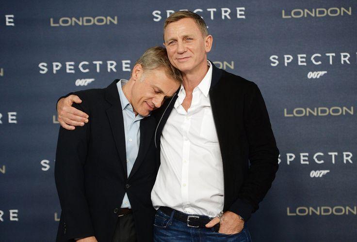 24 Photos That Prove Daniel Craig Isn't as Grumpy as You Think