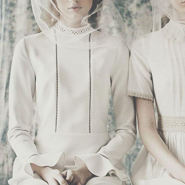 White Dress Details #raquette #maisonraquette #allwhite #newcollection #campaign
