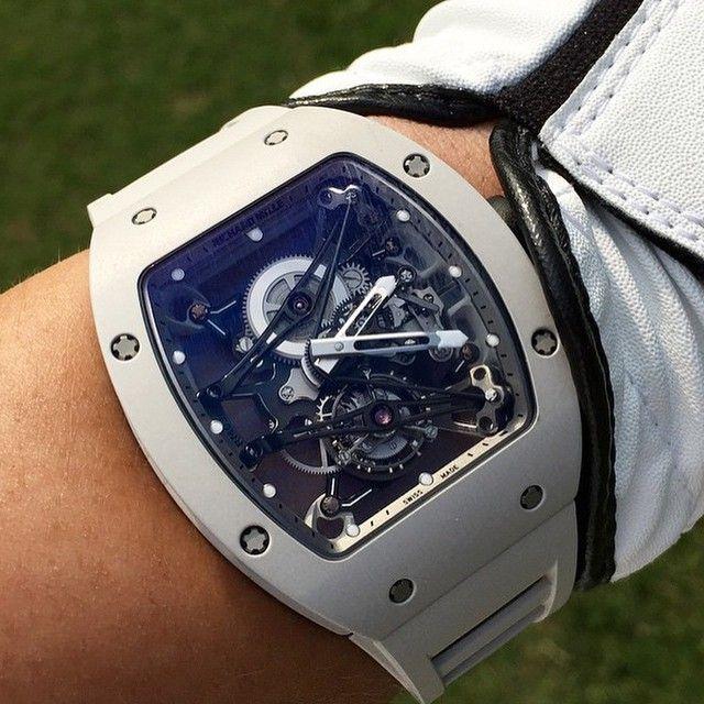 Los relojes son el complemento ideal. http://www.mexicoemprende.org.mx los sabe por eso te presento los mejores relojes mas modernos A ti cual te gusta mas!