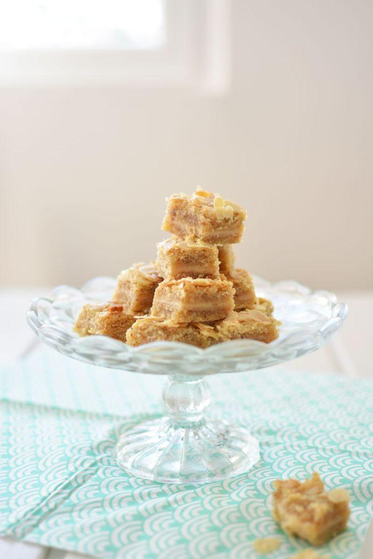 almond bites - by édesem