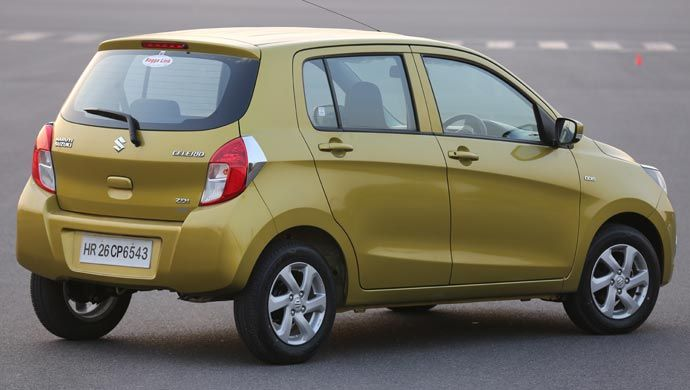 Rear shot of Celerio diesel ZDi It is this compact turbocharger with intercooler that delivers a quick acceleration and smooth drive. The hydraulic clutch system only makes it easy for you when you shift gears.