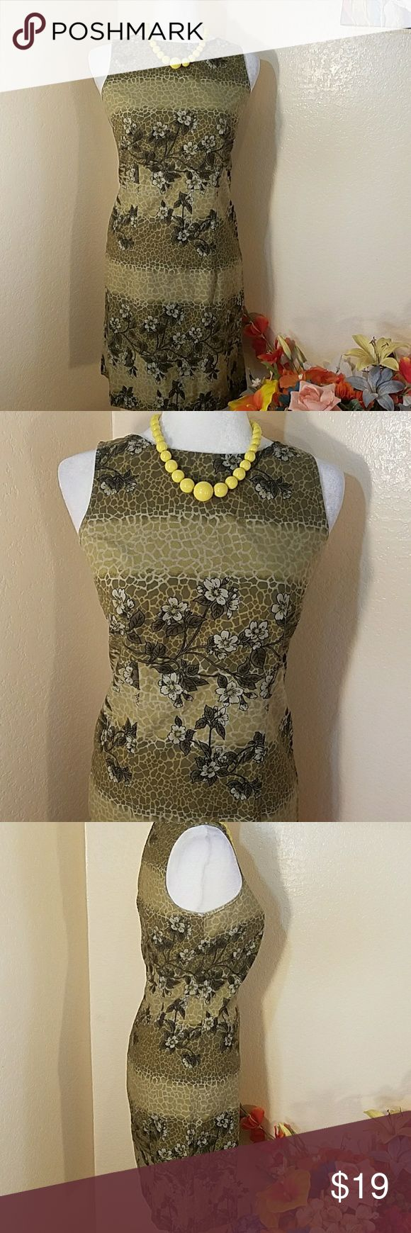 Gorgeous olive green dress by Route 66. Gorgeous olive green dress by Route 66. Armpit to armpit 17 in, way 716 in, shoulder to hemline 35 in, size medium, hundred percent sign cotton, excellent condition Route 66 Dresses Midi
