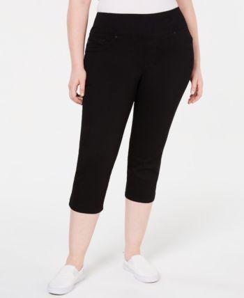 Plus Size Pull-On Sculpting Capri Jeans 1