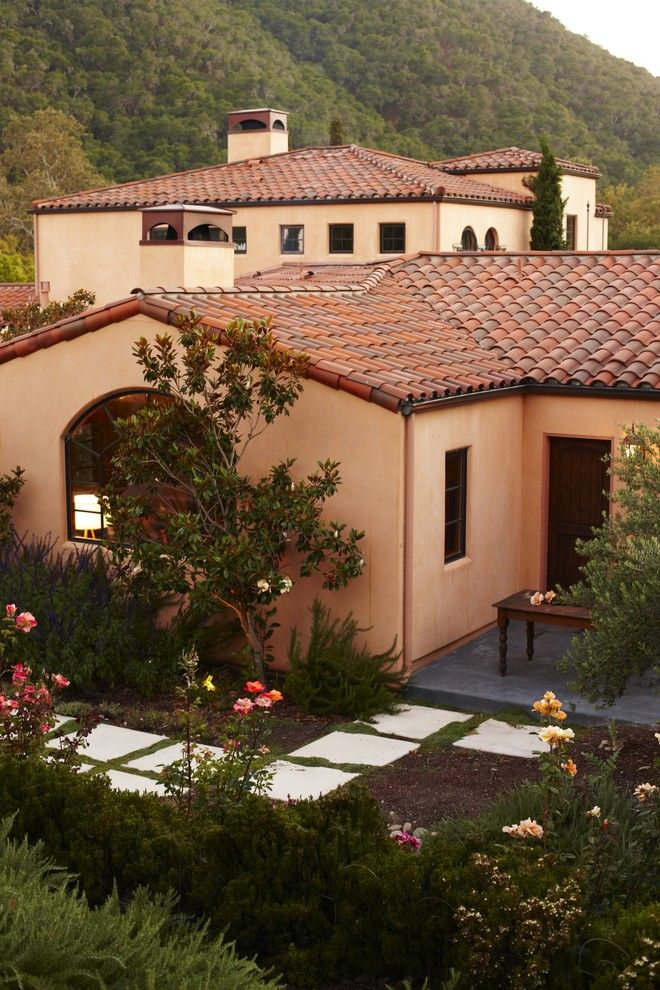 Makeover your home s exterior easy curb appeal ideas for Simple mediterranean house