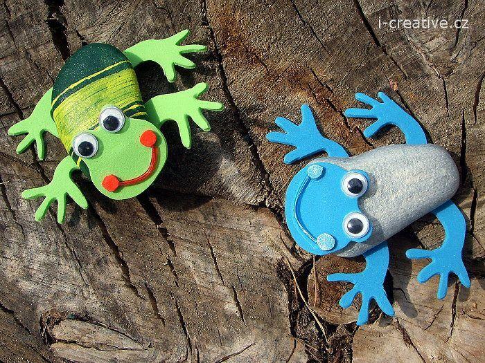 Žáby z oblázků a pěnovky moosgummi