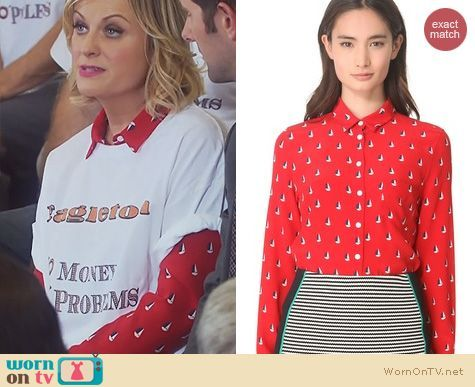 Leslie's red sail boat print shirt on Parks and Recreation.  Outfit Details: https://wornontv.net/19906/ #ParksandRecreation