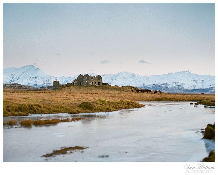 Beautiful Iceland. Mamiya Universal. Kodak Portra 400.