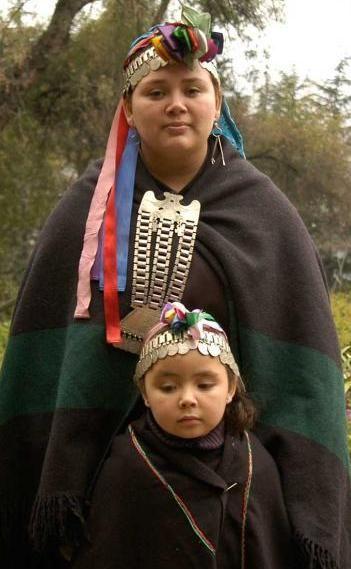 vestimenta mapuche - Buscar con Google
