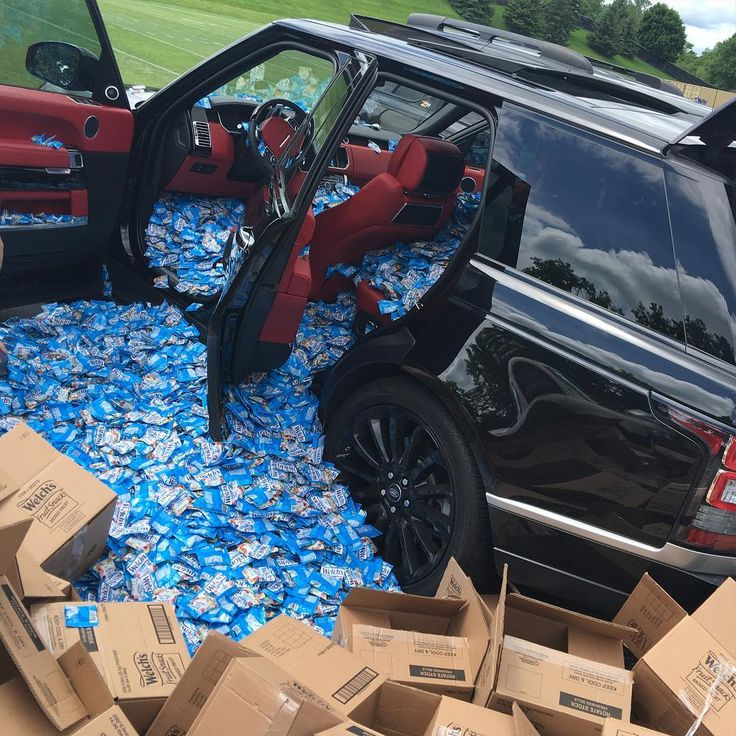 Vikings veterans put 60000 bags of fruit snacks in Laquon Treadwell's new car for his birthday.  http://ift.tt/1Q5yhuW Submitted June 15 2016 at 03:53PM by schwertfeger via reddit http://ift.tt/1UPwAAv