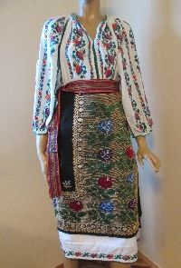 Gorgeous vintage Romanian traditional complete costume .  Available at www.greatblouses.com