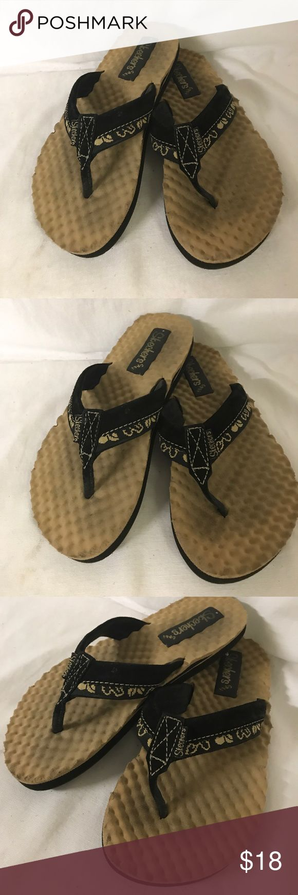 Skechers Slippers Size 7 Looks great was used 2x only has minor washable dirt. Skechers Shoes Slippers