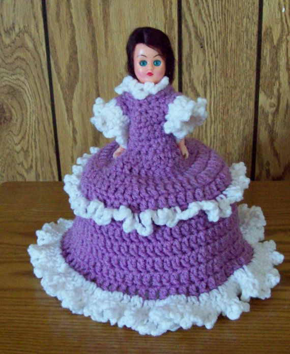 toilet paper roll crocheted cover
