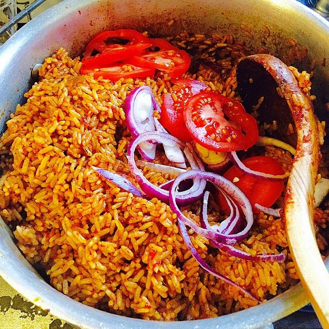 The time honoured tradition of adding tomato and onion rings to Jollof rice. No caption needed. #food52 kind of picture. It just stares back at you. Getting ready for Kent with a tray of assorted peppered meats, packs of Moin Moin, squishy yam pottage, Efo Riro and Scaries Ata din din. When people refuse to invite you to their 9ja party 😂😂😂. Keep Calm and Email Dunni. We will show them 😂😂. I will bring the party experience to your doorstep. #thedooneyskitchenexperience…