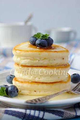 Вкусный завтрак - шотландские безглютеновые оладушки с медом и черникой
