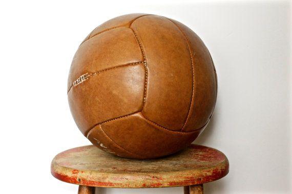 Grote Vintage lederen Medicijnbal - antieke sportschool Decor - Shop Display of Prop