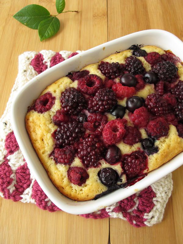 Sweet And Simple Dessert: Triple Berry Butter Cake