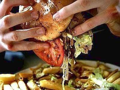 Alimenti: lo studio, la passione per cibi grassi è scritta nei geni